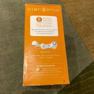 Clarisonic Makeup - Clarisonic Mia First Sonic Facial Cleaning Brush